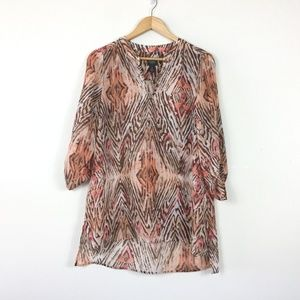 Chicos Travelers Animal Print High Low V Neck Top